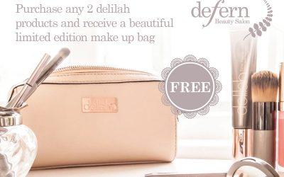 Delilah make-up bag